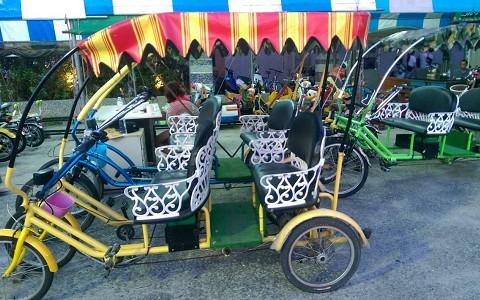 新北市八里-風火輪單車《4人座四輪電動敞篷車平日1小時優惠租用》-預約