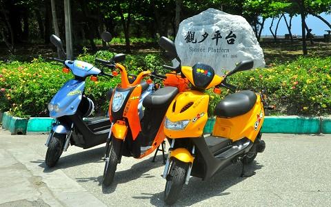 台南安平-歐多賣電能車租賃《電動機車2小時租賃優惠X1》-預約